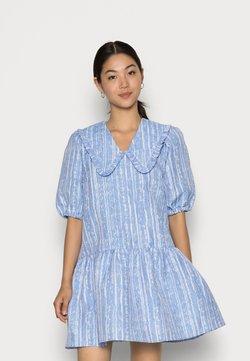 Cras - ARIACRAS DRESS - Freizeitkleid - brunnera blue