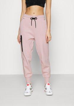 Nike Sportswear - PANT  - Jogginghose - champagne/black