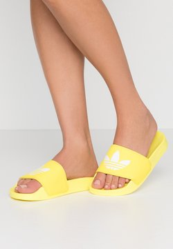adidas Originals - ADILETTE LITE - Slip-ins - shock yellow/footwear white