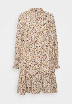 YAS Petite - YASROLEA DRESS - Vapaa-ajan mekko - sand dollar