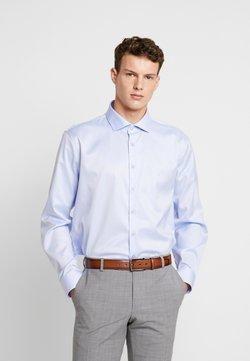 Calvin Klein Tailored - EASY IRON FITTED SHIRT - Businesshemd - light blue