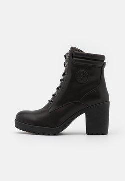 Carmela - LADIES BOOTS  - Enkellaarsjes met plateauzool - black