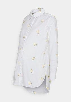 Pieces Maternity - PCMNIVA - Camisa - bright white/pale banana