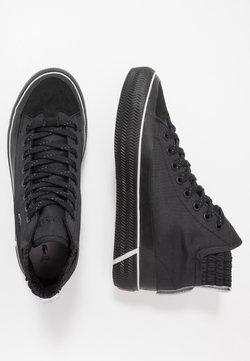 Lacoste - GRIPSHOT MILIEU - Sneaker high - black