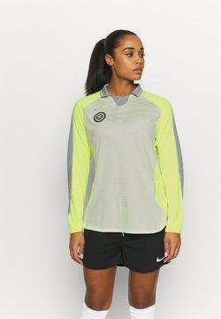 Nike Performance - Langarmshirt - barely volt/volt/reflective silver