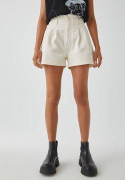 PULL&BEAR - HOHEM BUND - Jeans Shorts - beige