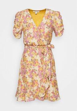 Forever New - TRINA WRAP MINI DRESS - Hverdagskjoler - dark yellow