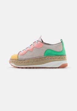 Gaimo - VIC - Zapatos con cordones - multicolor/coral