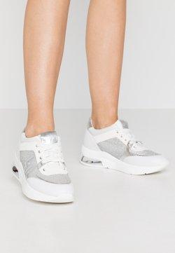 Liu Jo Jeans - KARLIE - Sneakers laag - white