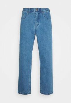 Afends - NINETY TWOS  - Jean boyfriend - classic blue