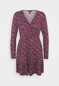 New Look Petite - Vestido informal - pink