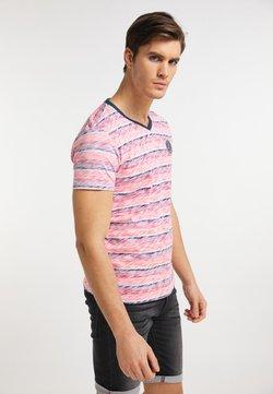 Petrol Industries - T-Shirt print - fiery coral
