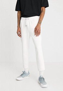 Urban Classics - CROPPED HEAVY PANTS - Jogginghose - white