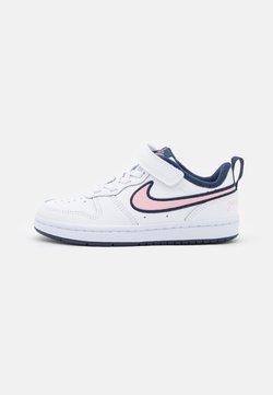 Nike Sportswear - COURT BOROUGH 2 SE1 UNISEX - Sneaker low - white/pink glaze/midnight navy