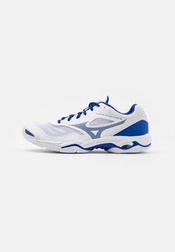 Mizuno - WAVE PHANTOM 2 - Zapatillas de balonmano - white/reflex blue/diva pink