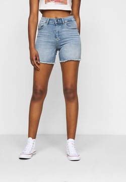 ONLY Tall - ONLBLUSH - Denim shorts - light blue denim