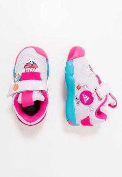 adidas Performance - ACTIVEPLAY CLEOFUS - Scarpe da fitness - purple tint/shock pink/orange tint