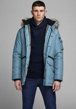 Jack & Jones - JCOGLOBE  - Wintermantel - china blue