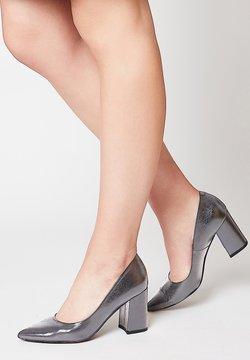 usha - High Heel Pumps - silber