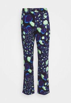 HOSBJERG - VENEDA RINA PANTS - Straight leg jeans - blue/green