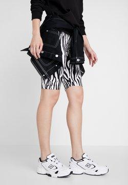 New Balance - WX452 - Sneaker low - white/black