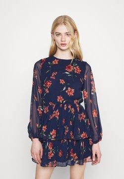 Gina Tricot - AMBER PLEATED DRESS - Freizeitkleid - blue