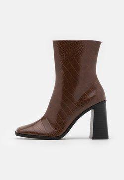 Monki - VEGAN ROBBIE BOOT - High heeled ankle boots - brown medium dusty