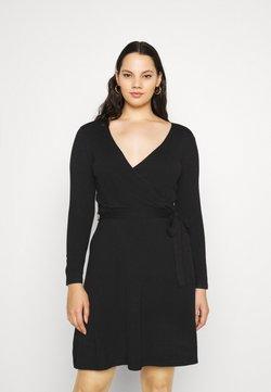 Vero Moda Curve - VMKARISARA WRAP DRESS - Strickkleid - black