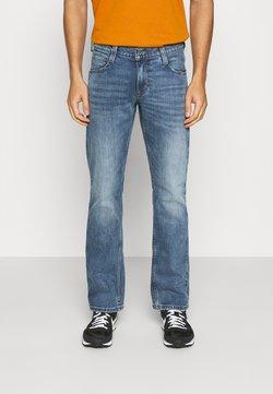 Mustang - OREGON BOOT - Jeans Bootcut - light blue