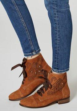 usha - Ankle Boot - cognac
