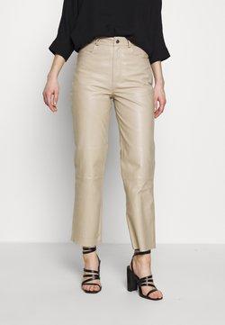 Selected Femme - HIGH WAIST - Pantalon en cuir - silver lining