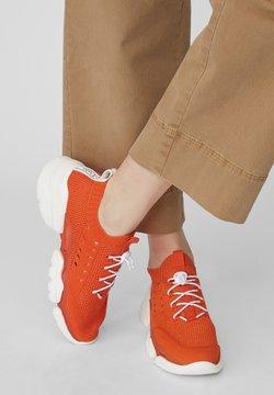 Marc O'Polo - BASKETS EN TRICOT - Sneaker low - red