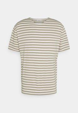 Minimum - ORVIS  - T-Shirt print - seneca rock