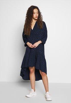 Selected Femme Petite - SLFMAYA 3/4 SHORT DRESS PETITE - Vestido informal - dark sapphire