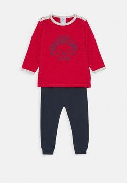 Sanetta - LONG BABY SET - Pijama - karmin