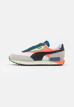Puma - FUTURE RIDER NEON PLAY UNISEX - Sneaker low - white/fusion coral