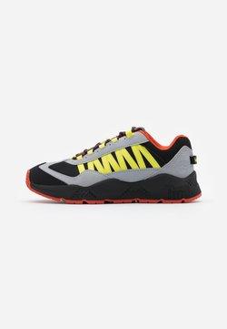 Timberland - RIPCORD SNEAKER LOW - Sneaker low - medium grey