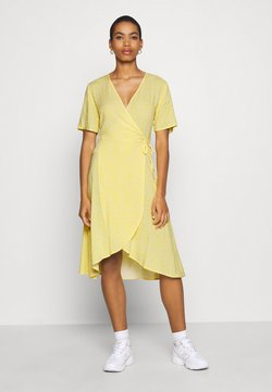 Moss Copenhagen - ISALIE TURID WRAP DRESS - Freizeitkleid - panana