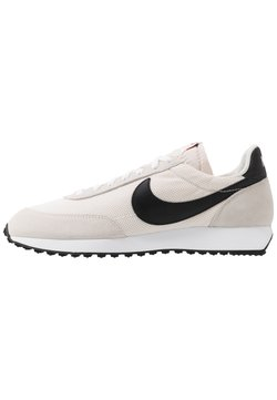 Nike Sportswear - AIR TAILWIND 79 - Sneaker low - white/black/phantom/dark grey/team orange