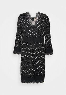 TWINSET - Vestido de punto - nero
