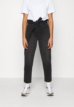 ONLY - ONLJANE PAPERBAG BELT - Relaxed fit jeans - black denim