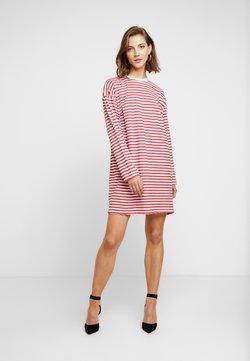 Missguided - OVERSIZED DRESS STRIPE - Vestido ligero - red