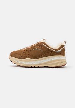 UGG - SPILL SEAM - Sneaker low - chestnut