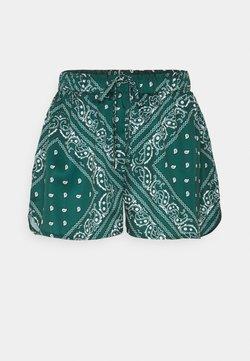 Missguided - ELASTICATED WAIST RUNNER - Shorts - green