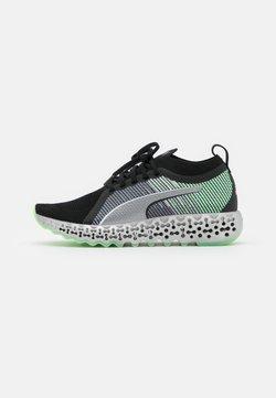 Puma - CALIBRATE RUNNER - Zapatillas de running neutras - black/elektro green