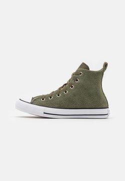 Converse - CHUCK TAYLOR ALL STAR UNISEX - Sneakersy wysokie - field surplus/white/black