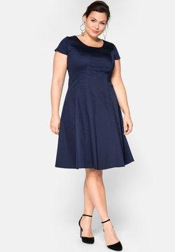 Sheego - Cocktailkleid/festliches Kleid - marine