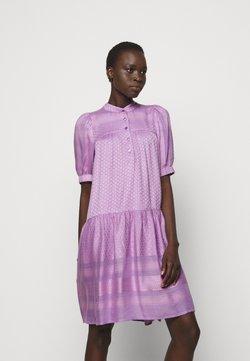 CECILIE copenhagen - LOLITA - Vestido camisero - violette