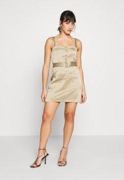 Missguided Petite - UTILITY SELF BELT MINI DRESS - Vestido informal - khaki