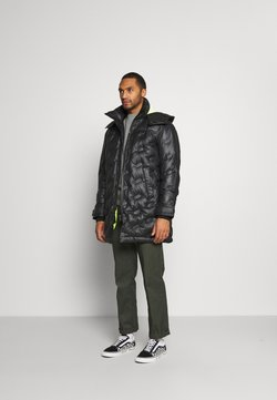 Diesel - W-RUSSELL-LONG-THERMO JACKET - Winterjacke - black